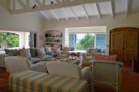 Spacious open plan living area (1).JPG