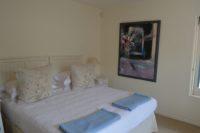 Guest bedrooms (3).JPG