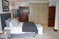 Main Bedroom En Suite 2.jpg