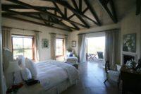 Main bedroom 1.jpg