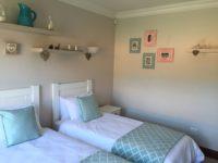 Bedroom 2 En Suite.JPG